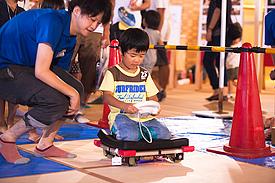 徳島大学大学院サイエンス教室でロボット体験